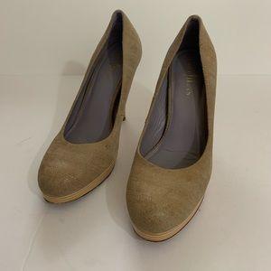 Cole Haan x Nike Air size 8 1/2B  heels